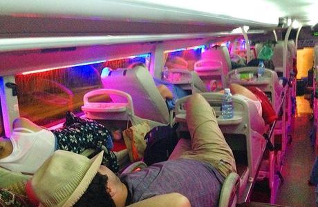 Tại sao nhiều người không thắt dây an toàn khi đi xe giườngnằm?