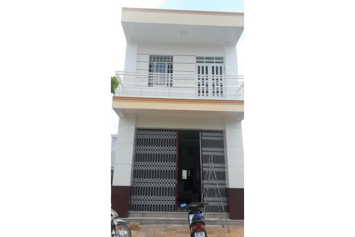 Bán nhà và đất mặt tiền đường Số 7, phường Bình Khánh, TP Long Xuyên, An