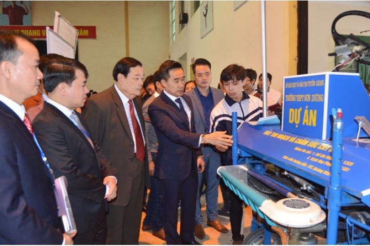 Cuộc thi Khoa học, kỹ thuật học sinh trung học cấp tỉnh năm học 2018 ...