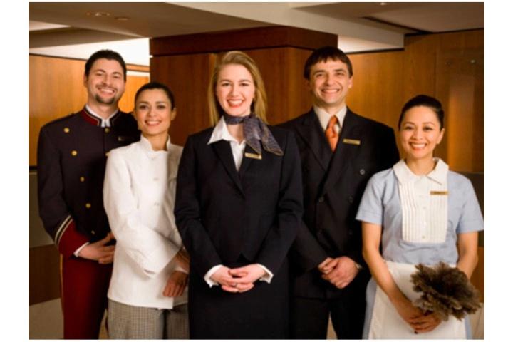 Khóa học quản trị nhà hàng – khách sạn | Van Lang Chef - Viện Đào ...