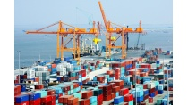 Xuất khẩu Việt Nam hơn 200 tỷ USD có gì đáng 'phấn khởi'?