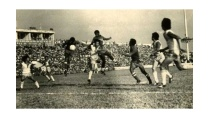 Đoàn tụ bóng đá Nam-Bắc trong trận cầu lịch sử năm 1976 - VTC News