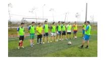 Đội tuyển bóng đá Trường Đại học Hà Tĩnh tập luyện chuẩn bị tham ...