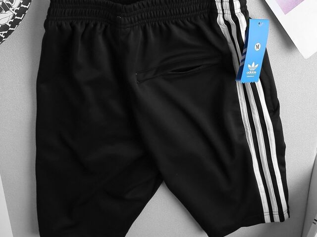 MEN D.A.S THREE-ATRIPED SHORTS